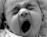 Sbadigli-neonato